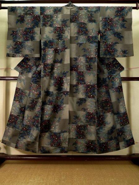 Photo1: K0324D Used Japanese   Gray KOMON dyed / Silk. Flower,   (Grade B) (1)