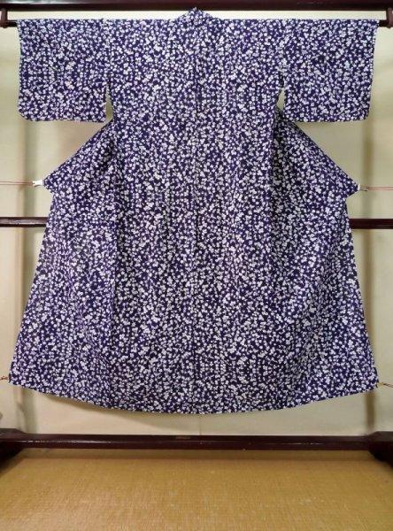 Photo1: K0527A Used Japanese   Indigo Blue YUKATA summer(made in Japan) / Cotton. Flower, made in 1970-1980  (Grade C) (1)