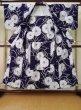 Photo2: K0527B Used Japanese   Indigo Blue YUKATA summer(made in Japan) / Cotton. Flower, made in 1970-1980  (Grade C) (2)