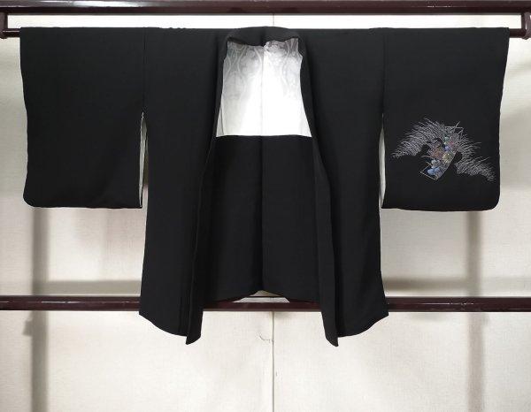 Photo1: Mint K0712B Used Japanese   Black HAORI short jacket / Silk. Peony, strip paper pattern  (Grade A) (1)